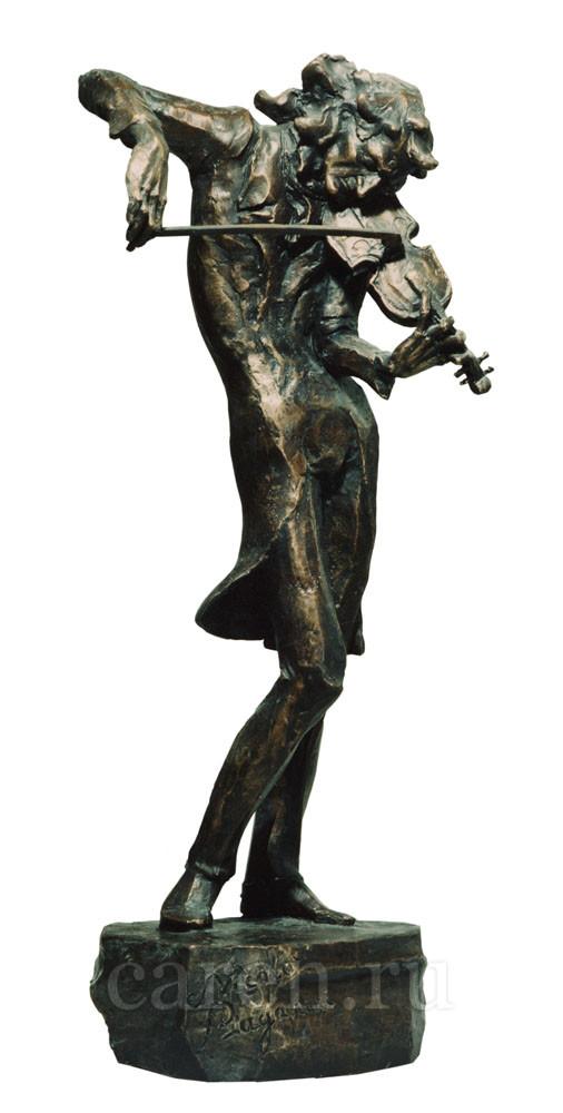 "Скульптура ""Паганини"""