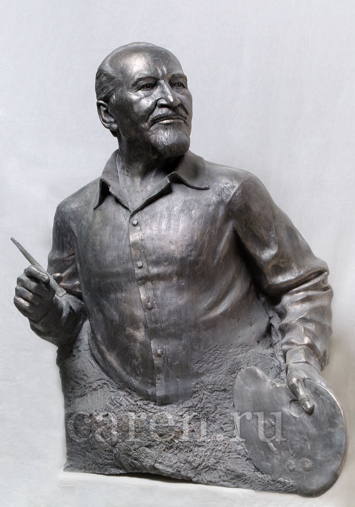 "Бюст ""Nikolay Ivanovich Sergeev"""