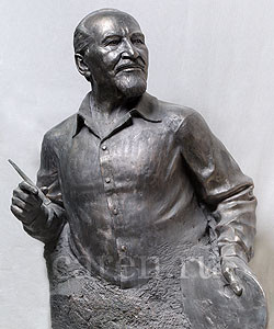 Бюст Сергеев Николай Иванович