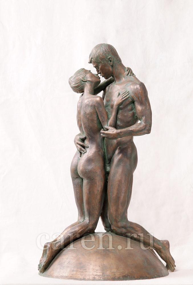 """Скульптурная композиция Ню """"Kiss"""""""