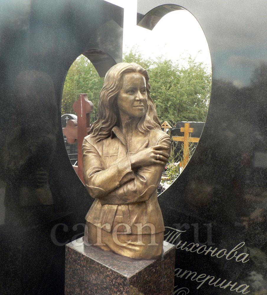"""Надгробие """"E.Y. Tikhonova"""""""