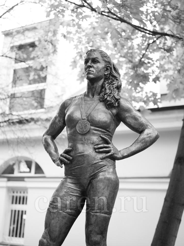 """Памятник """"Natalia Vorobyova"""""""