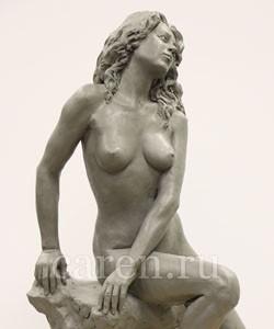 Скульптурная композиция Ню